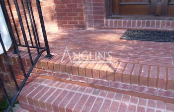 outdoor brick steps whie repair process